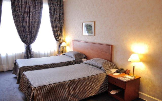 Гостиница Гранд-отель «Украина» Украина, Днепр - 1 отзыв об отеле, цены и фото номеров - забронировать гостиницу Гранд-отель «Украина» онлайн вид на фасад