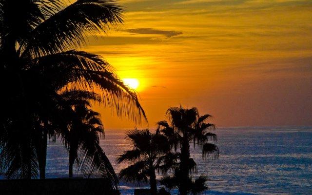 2BR W/private Jacuzzi: Casa del Mar Pelicano 301