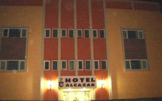 Отель Alcazar Гвадалахара вид на фасад