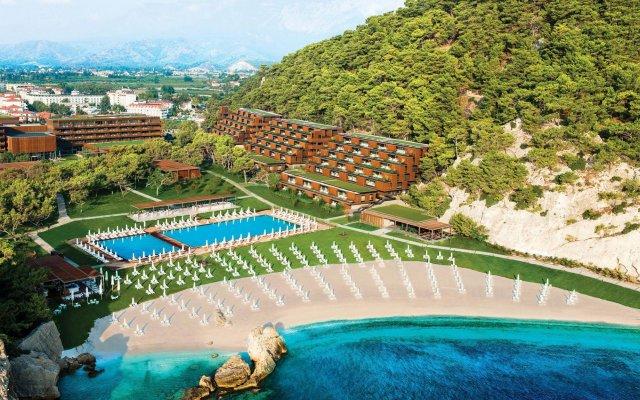 Отель Maxx Royal Kemer Resort - All Inclusive бассейн