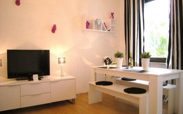 Отель A-Partment Basic Германия, Кёльн - отзывы, цены и фото номеров - забронировать отель A-Partment Basic онлайн комната для гостей