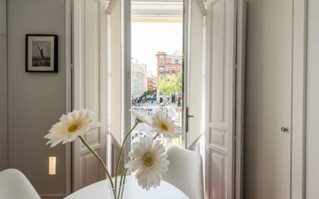 Отель Santa Ana Plaza - MADFlats Collection Испания, Мадрид - отзывы, цены и фото номеров - забронировать отель Santa Ana Plaza - MADFlats Collection онлайн комната для гостей