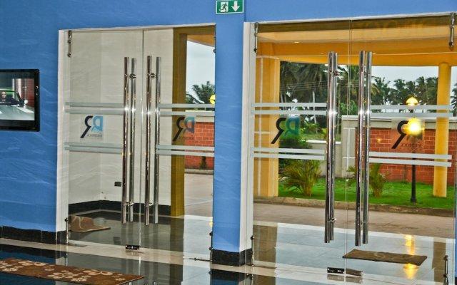 Birdrock Hotel Anomabo вид на фасад