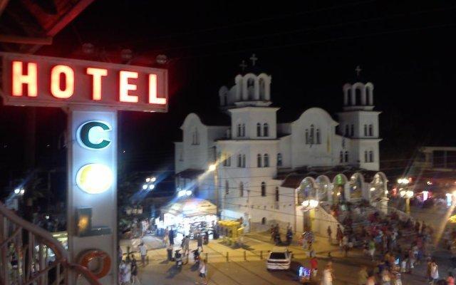 Hotel Colors вид на фасад
