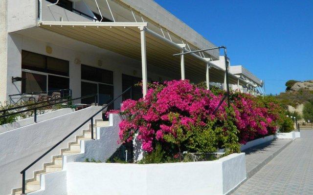Telhinis Hotel вид на фасад
