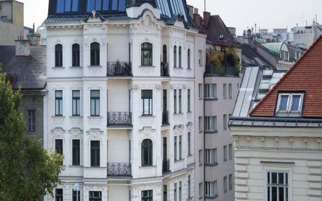 Отель LiV'iN Residence Wien-Parlament Австрия, Вена - отзывы, цены и фото номеров - забронировать отель LiV'iN Residence Wien-Parlament онлайн вид на фасад