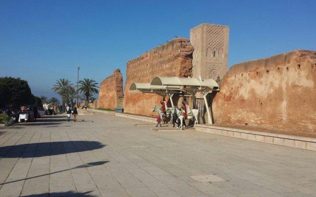 Отель Riad La Porte Du Bouregreg вид на фасад