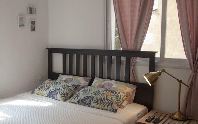 CTLV - Spinoza 7a Израиль, Тель-Авив - отзывы, цены и фото номеров - забронировать отель CTLV - Spinoza 7a онлайн комната для гостей