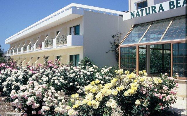 Natura Beach Hotel and Villas вид на фасад
