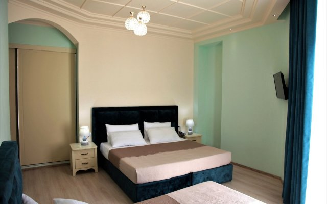 Hotel Veliera 2