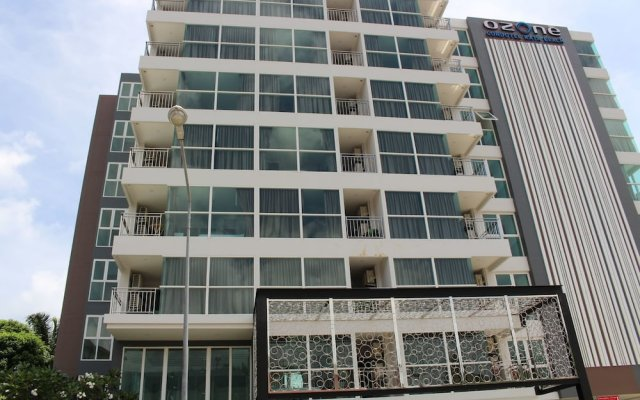 Отель Ozone Condotel Apt 602 вид на фасад