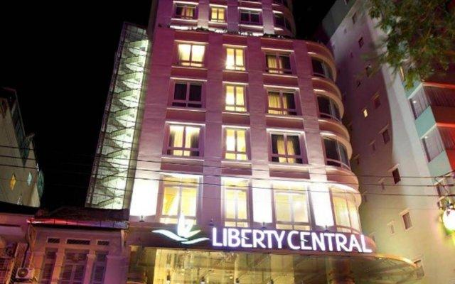 Отель Liberty Central Saigon Centre вид на фасад