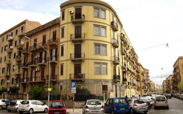 Отель Maison Du Monde Италия, Палермо - отзывы, цены и фото номеров - забронировать отель Maison Du Monde онлайн вид на фасад