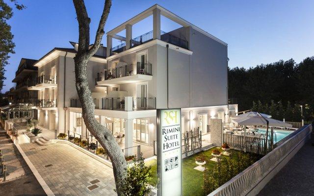 Rimini Suite Hotel вид на фасад