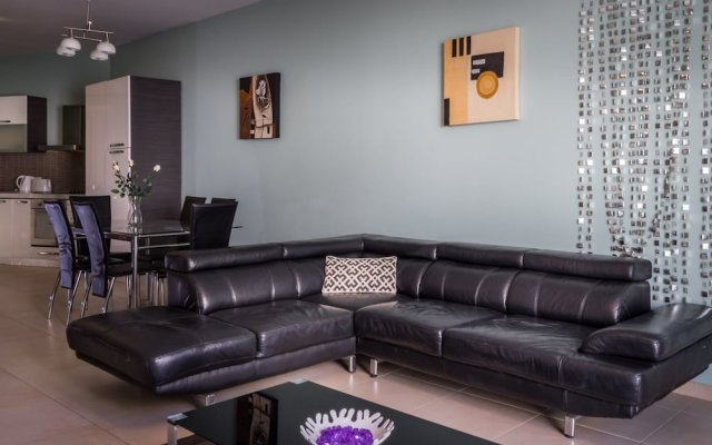 Отель Consiglia Apartments - Sliema Мальта, Слима - отзывы, цены и фото номеров - забронировать отель Consiglia Apartments - Sliema онлайн комната для гостей