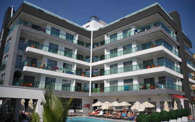 Отель Green Garden Suite вид на фасад