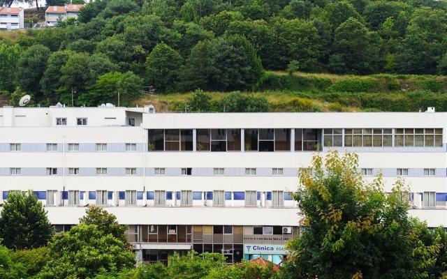 Отель Navarras Португалия, Амаранте - отзывы, цены и фото номеров - забронировать отель Navarras онлайн вид на фасад
