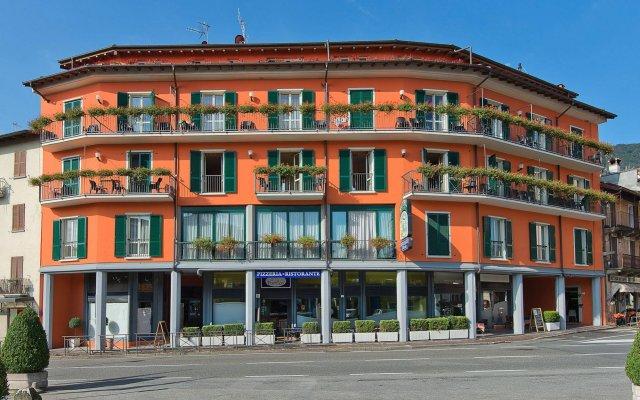 Отель Residence Dei Fiori Бавено вид на фасад