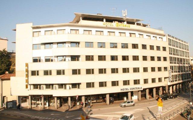 Hotel Centrale вид на фасад