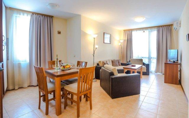 Апартаменты TSB Sunny Victory Apartments комната для гостей