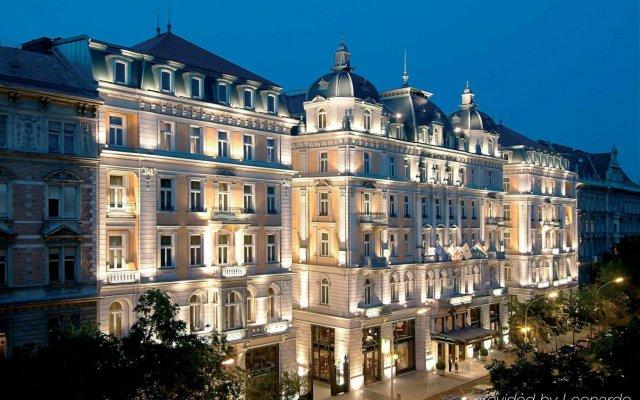 Отель Corinthia Hotel Budapest Венгрия, Будапешт - 4 отзыва об отеле, цены и фото номеров - забронировать отель Corinthia Hotel Budapest онлайн вид на фасад
