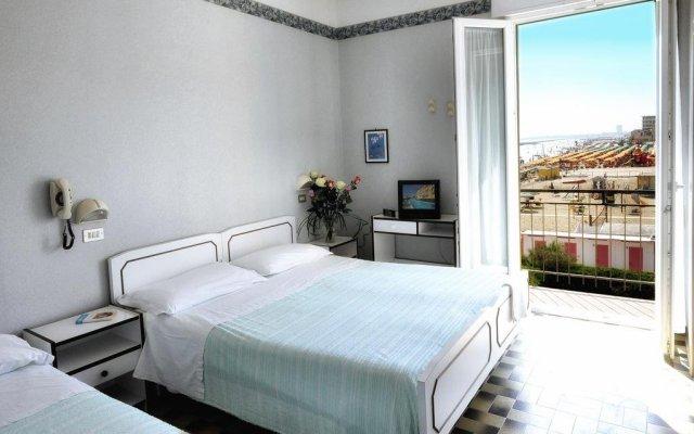 Hotel Biagini Римини комната для гостей