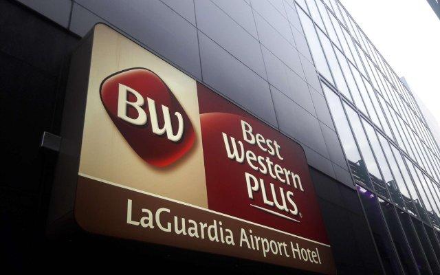 Отель Best Western Plus LaGuardia Airport Hotel Queens США, Нью-Йорк - отзывы, цены и фото номеров - забронировать отель Best Western Plus LaGuardia Airport Hotel Queens онлайн вид на фасад