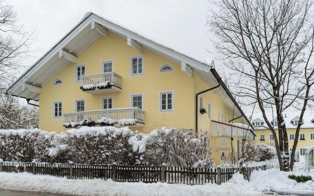 Отель Limmerhof Германия, Тауфкирхен - отзывы, цены и фото номеров - забронировать отель Limmerhof онлайн вид на фасад