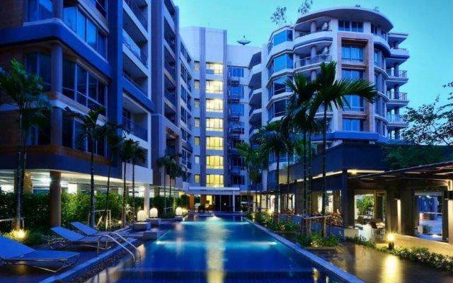 Отель Locals Sathorn Siamese Nang Linchee Бангкок вид на фасад