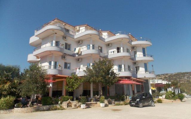 Hotel Mariksel Ксамил вид на фасад