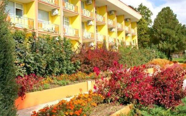 Отель Briz 2 Hotel Болгария, Варна - отзывы, цены и фото номеров - забронировать отель Briz 2 Hotel онлайн вид на фасад