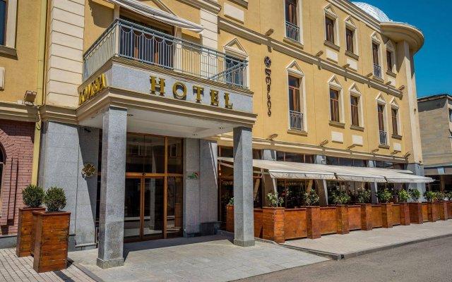 Hotel Lomsia