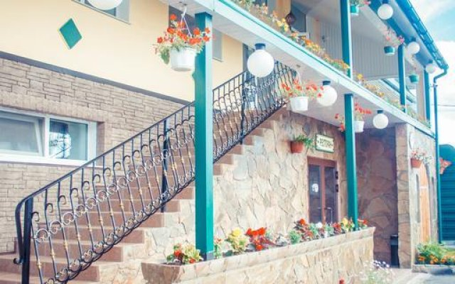 Гостиница Хантри в Сергиеве Посаде 10 отзывов об отеле, цены и фото номеров - забронировать гостиницу Хантри онлайн Сергиев Посад вид на фасад
