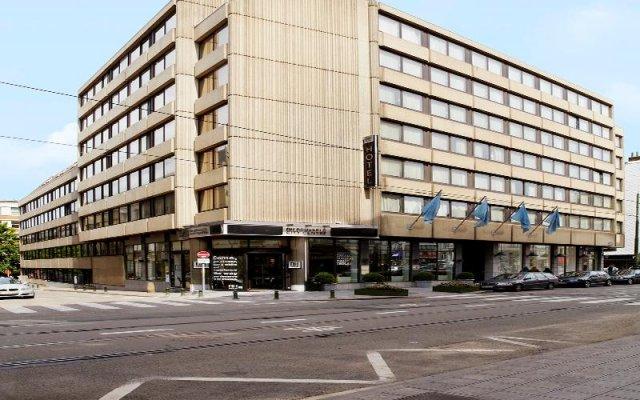 Отель NH Brussels City Centre Бельгия, Брюссель - 2 отзыва об отеле, цены и фото номеров - забронировать отель NH Brussels City Centre онлайн вид на фасад