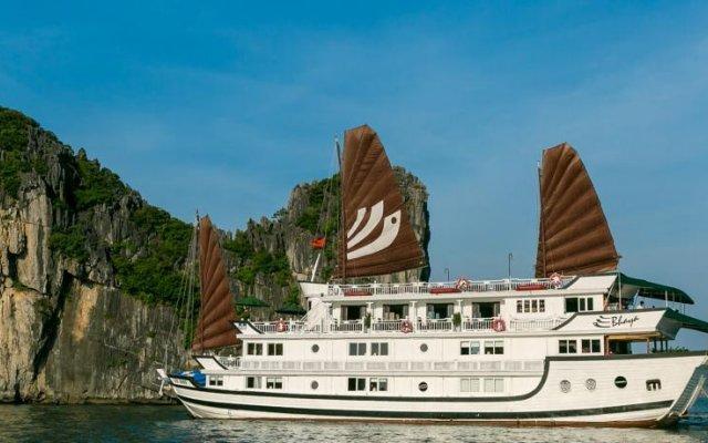 Отель Bhaya Cruises Халонг вид на фасад