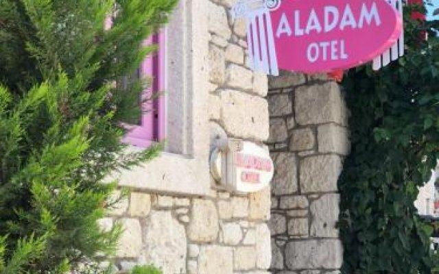 Aladam Otel Турция, Чешме - отзывы, цены и фото номеров - забронировать отель Aladam Otel онлайн вид на фасад