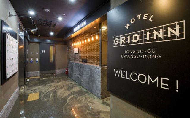 Отель Grid Inn вид на фасад