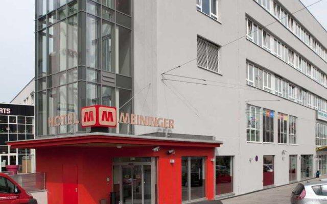 Отель Meininger City Center Зальцбург вид на фасад