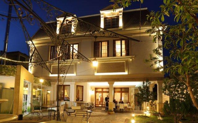 Отель Green Palace Hotel Болгария, Шумен - отзывы, цены и фото номеров - забронировать отель Green Palace Hotel онлайн вид на фасад