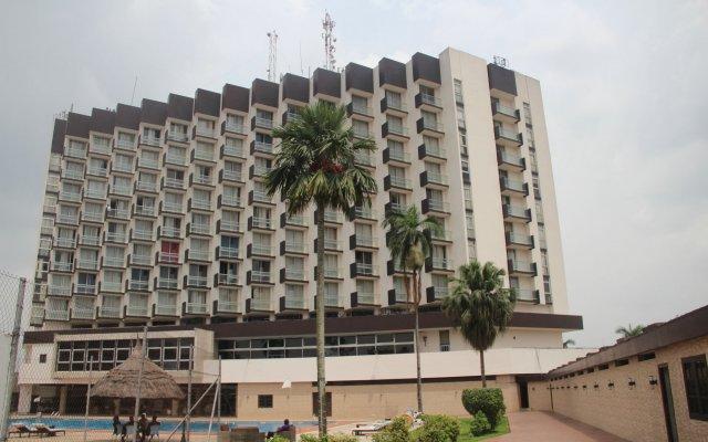 Presidential Hotel вид на фасад