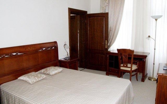 Ritsa Hotel 2