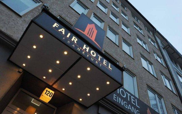 Fair Hotel Europaallee вид на фасад