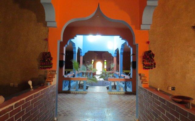 Отель Kasbah Le Berger Марокко, Мерзуга - отзывы, цены и фото номеров - забронировать отель Kasbah Le Berger онлайн вид на фасад