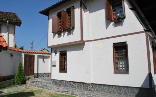 """Отель Guest house """"The House"""" Болгария, Ардино - отзывы, цены и фото номеров - забронировать отель Guest house """"The House"""" онлайн вид на фасад"""