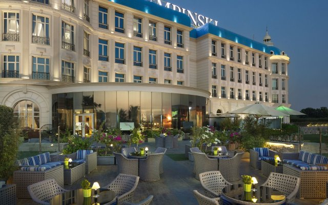 Отель Royal Maxim Palace Kempinski Cairo вид на фасад