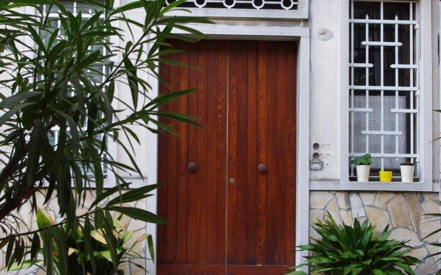 Отель Venice Hazel Guest House вид на фасад