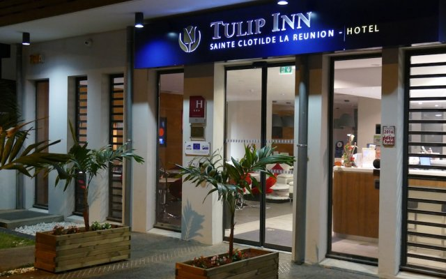 Tulip inn Sainte Clotilde