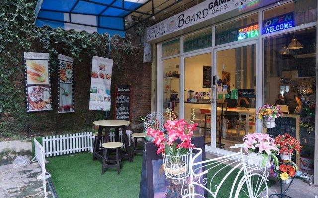 Отель Board Game Hostel Таиланд, Бангкок - отзывы, цены и фото номеров - забронировать отель Board Game Hostel онлайн вид на фасад