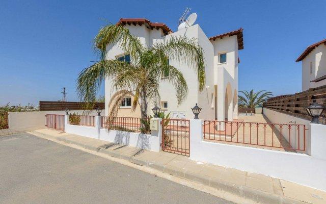 Отель Chronos Villa Кипр, Протарас - отзывы, цены и фото номеров - забронировать отель Chronos Villa онлайн вид на фасад
