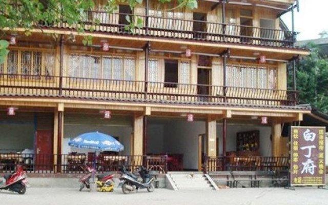 Baidingfu Hotel вид на фасад